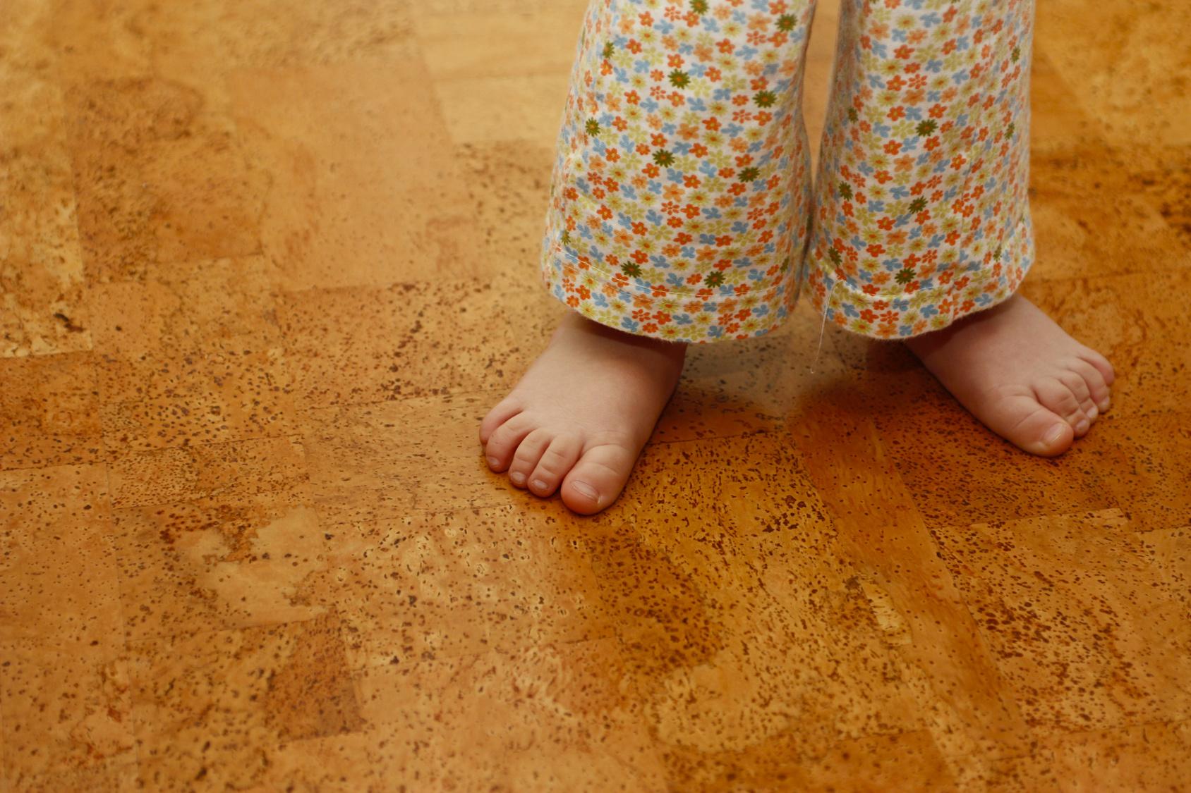 Fußboden Dämmen Mit Kork ~ Qualität auf dem fußboden u mit dem kork logo dornuf gmbh